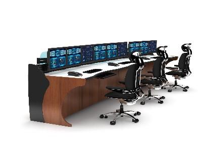 在监控室广泛使用操作台的优点是什么?